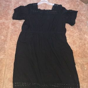 Black light weight linen short sleeve dress